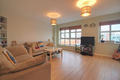 2 bedroom apartment for sale - Point 3, George Street