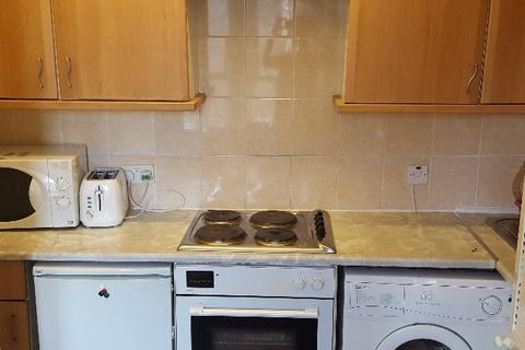 2 bedroom flat to rent - Milnbank Road, West End, Dundee, DD1 5PY
