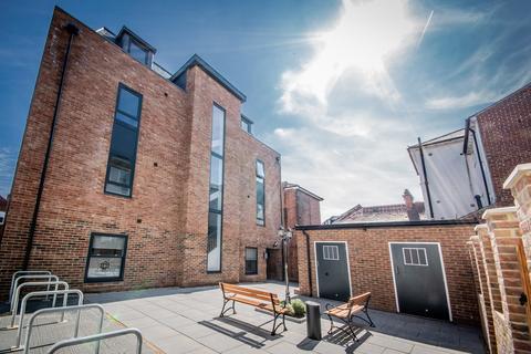 2 bedroom apartment to rent - Lansdowne Street