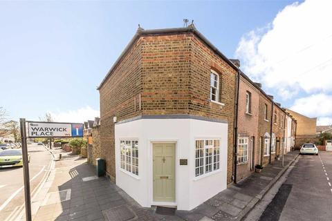 2 bedroom cottage to rent - Warwick Place, Ealing, London W5