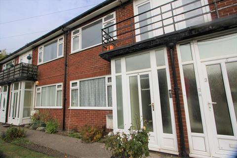 2 bedroom apartment to rent - Princess Court, Prestwich