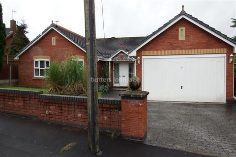 4 bedroom detached house to rent - The Whitehouse, Nursery Lane