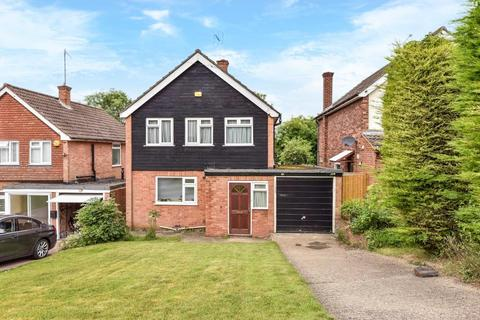 3 bedroom detached house to rent - Uplands Close, High Wycombe, HP13