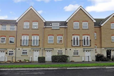 3 bedroom townhouse for sale - Nettle Way, Minster On Sea, Sheerness, Kent