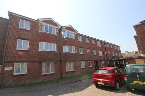 1 bedroom flat for sale - Sovereign Court, Wannock Road, Redoubt, Eastbourne BN22