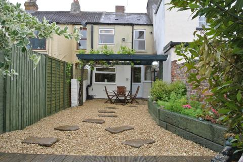 2 bedroom terraced house to rent - Pembroke Street, Gloucester GL1