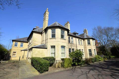 2 bedroom apartment for sale - Farley Lodge, 23 Cavendish Road, Altrincham, Greater Manchester, WA14