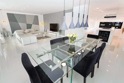 2 bedroom apartment for sale - The Base, Arundel Street, Castlefield, Manchester, M15