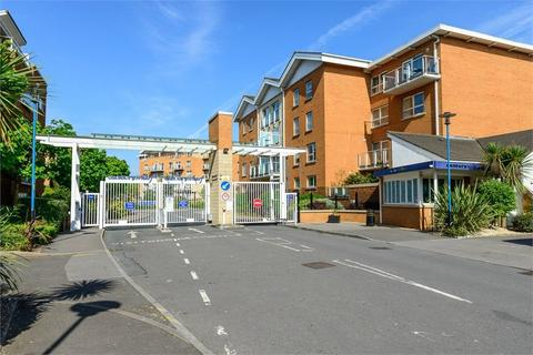 2 bedroom flat for sale - Judkin Court, Heol Tredwen, Cardiff, South Glamorgan
