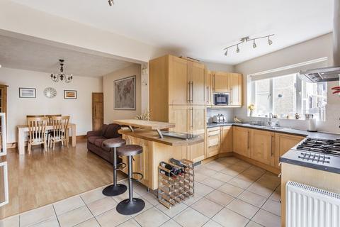 4 bedroom semi-detached house for sale - Sandhills, SM6