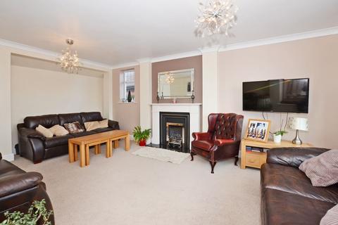 3 bedroom detached house for sale - Common Lane, Rough Close, ST3 7PE