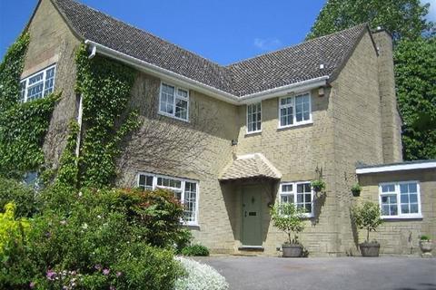 5 bedroom house to rent - BAUNTON