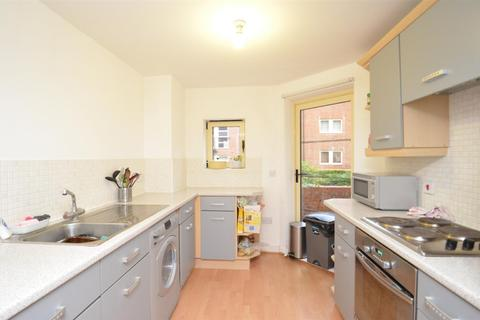 3 bedroom private hall to rent - Skipton House, Lawrence Square, York