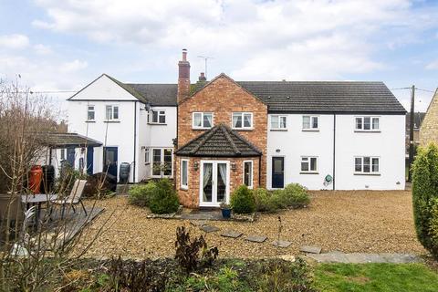 6 bedroom cottage for sale - Kings Arms Lane, Polebrook, Peterborough