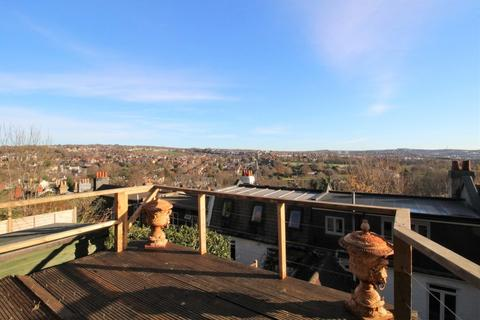 4 bedroom terraced house for sale - Hampstead Road, Brighton, BN1 5NG