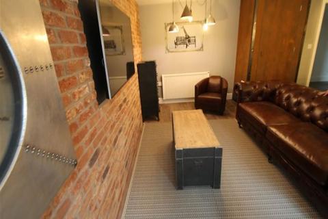 5 bedroom flat to rent - The Grid, Moorland Avenue, Leeds, LS6 1AP