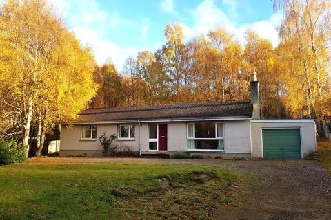 4 bedroom bungalow for sale - By Kingussie, PH21