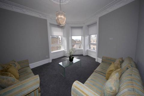 3 bedroom flat to rent - Park Avenue  , Dundee,