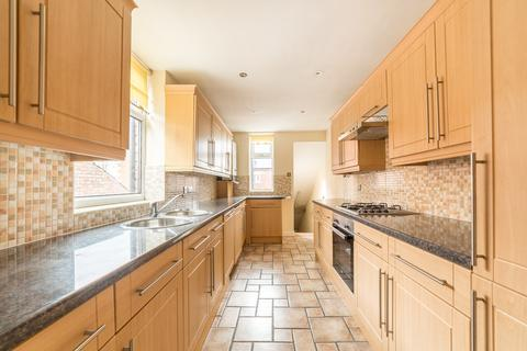 5 bedroom maisonette to rent - £60pppw - Chillingham Road, Heaton , Newcastle Upon Tyne