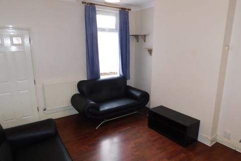 4 bedroom property to rent - Wordsworth Road, Leicester LE2 6ED