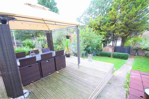 2 bedroom semi-detached house for sale - Windward Road, Rochester