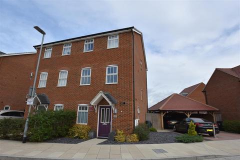 3 bedroom semi-detached house for sale - Park View, Ebbsfleet Valley, Swanscombe