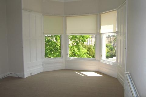 3 bedroom flat to rent - Belgrave Place, West End, Edinburgh, EH4 3AN