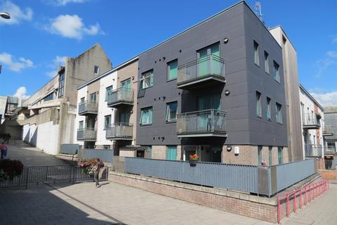 1 bedroom apartment for sale - China Court, South Street, St Austell