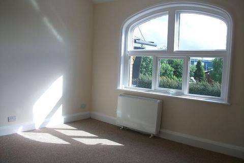 1 bedroom flat to rent - Flat 3 , Knutsford Road, Warrington
