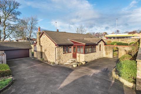 3 bedroom detached bungalow for sale - Harrogate Road, Rawdon, Leeds, LS19 6NB