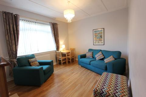 2 bedroom flat to rent - Lochend Gardens, Edinburh EH7
