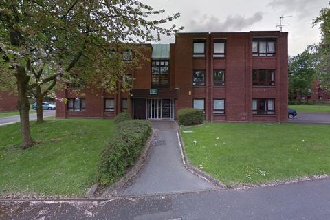 2 bedroom apartment to rent - Oak Court, Bowlas Avenue, Sutton Coldfield, B74 2TT