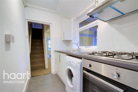2 bedroom terraced house to rent - Tufton St, ME14