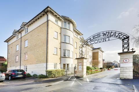 2 bedroom flat to rent - Pooles Wharf Court, Hotwells