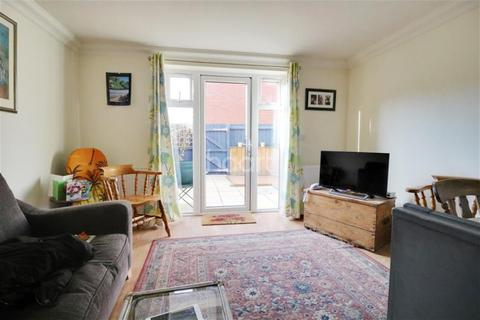 3 bedroom detached house to rent - Silver Road, Norwich