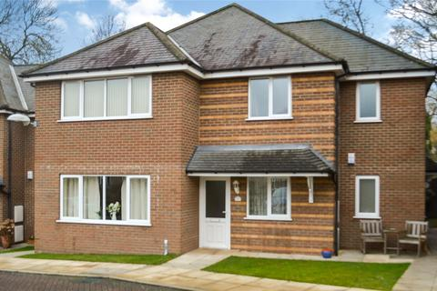 2 bedroom flat for sale - Penny Mews, Waltham, Grimsby, North East Lincolnshir, DN37