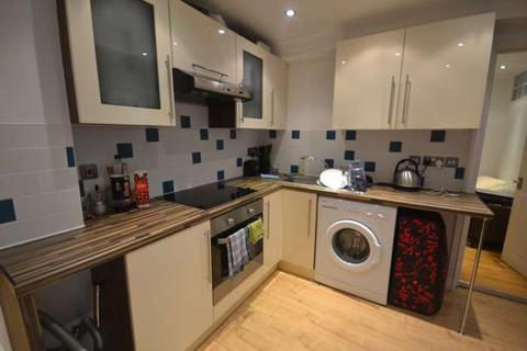 2 bedroom apartment to rent - London Street, Town Centre