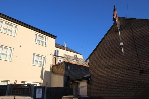 2 bedroom apartment to rent - Newmarket Road, Cambridge