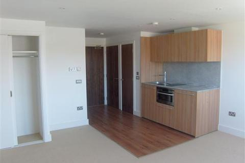 Studio to rent - Unfurnished Studio - Waterfront Area Nr. UCS