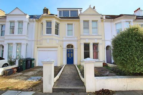 3 bedroom flat to rent - Walsingham Road, Hove