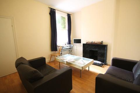 3 bedroom terraced house to rent - Barclay Street, West End, Leicester LE3