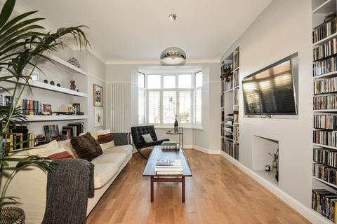 3 bedroom house to rent - Kenley Road, London