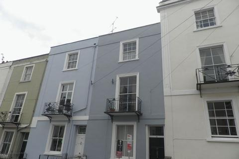 4 bedroom maisonette to rent - Southleigh Road, Bristol