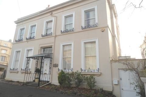 1 bedroom flat to rent - Malvern Place, Cheltenham