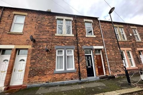 3 bedroom apartment to rent - * 2 MINS FROM METRO * Ford Terrace, Wallsend