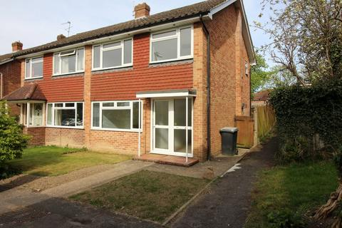 3 bedroom end of terrace house to rent - Nursery Road, Alresford