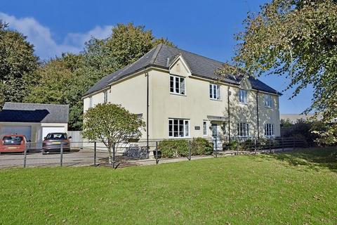 5 bedroom detached house for sale - Saxon Road, Tavistock