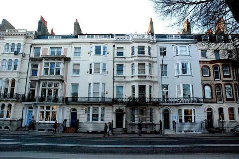 2 bedroom property to rent - Marlborough Place, Brighton