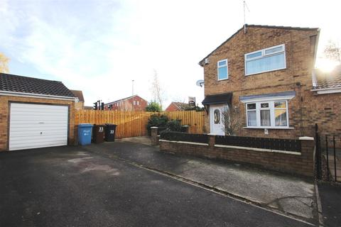 3 bedroom semi-detached house for sale - Riverview Gardens, Hull