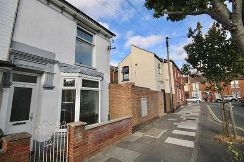 2 bedroom end of terrace house to rent - Ranelagh Road, Portsmouth